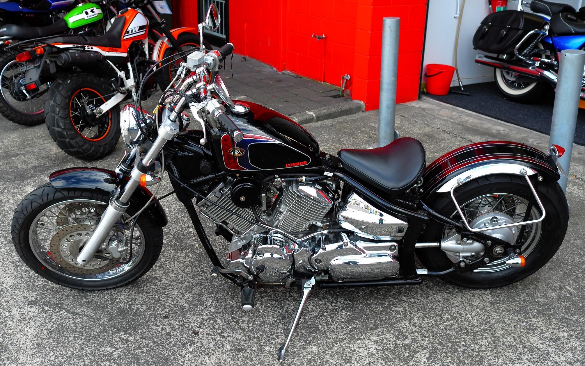 2002 yamaha dragstar 1100 bobber shore motor cycles. Black Bedroom Furniture Sets. Home Design Ideas